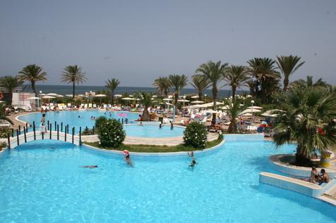 Piscine hôtel El Mouradi Mahdia